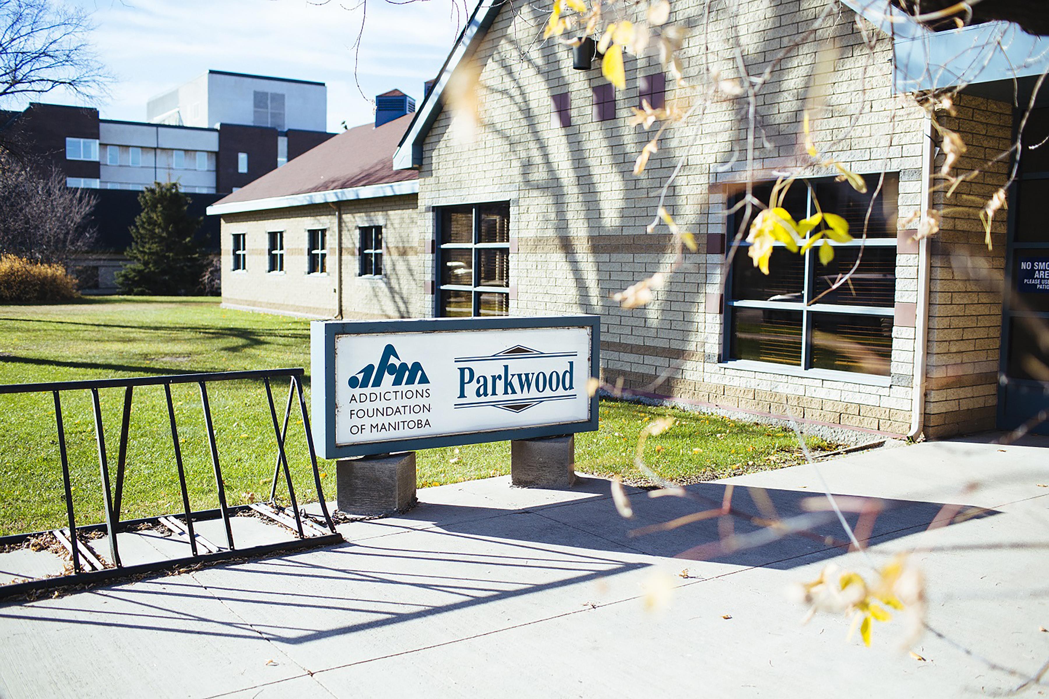 Parkwood Sign